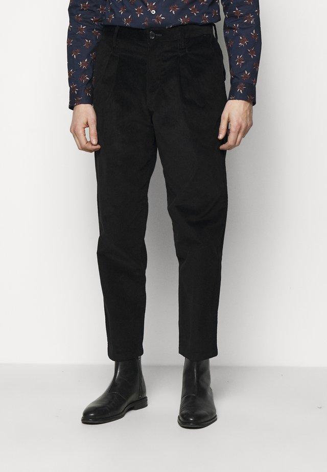 MENS DOUBLE POCKET  - Kalhoty - black