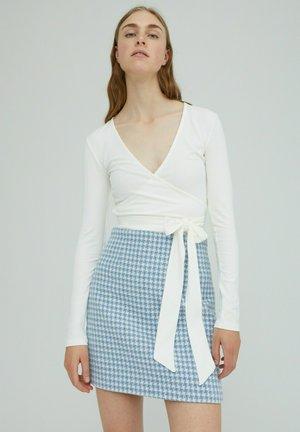 SABRINA - Long sleeved top - weiß