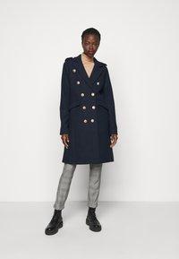 YAS Tall - YASGOLDIAN COAT  - Classic coat - sky captain - 0