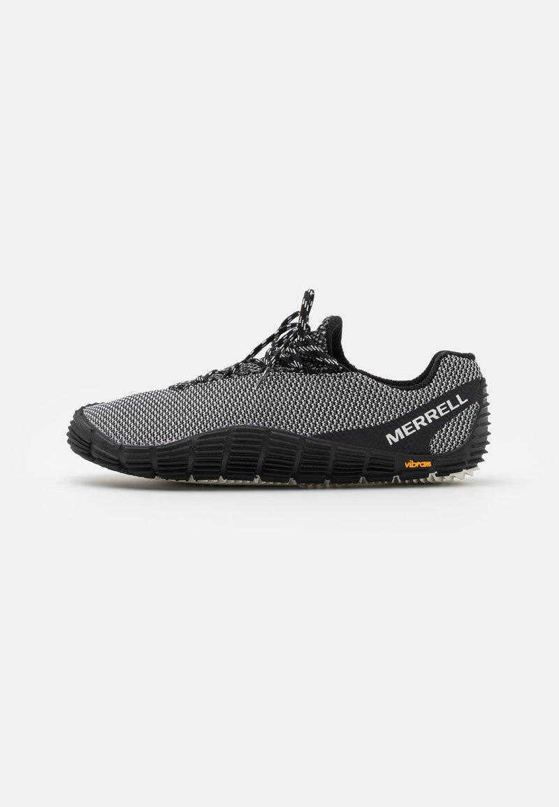 Merrell - MOVE GLOVE - Minimalist running shoes - black/white