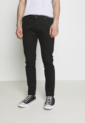 YENNOX - Slim fit jeans - black