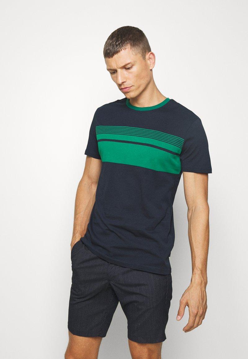 Pier One - T-shirt med print - dark blue
