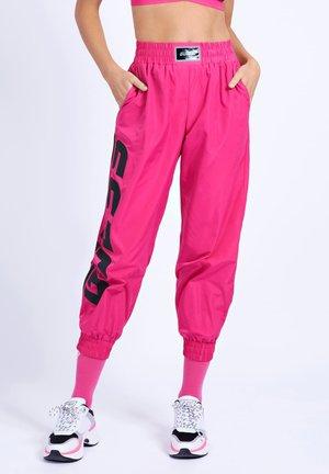 Spodnie treningowe - mehrfarbe rose