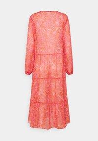 Never Fully Dressed Petite - SHEER PAISLEY MIDAXI DRESS - Robe d'été - pink - 1