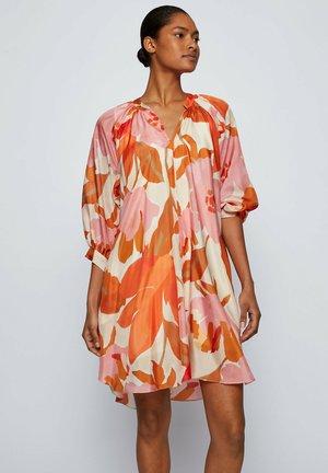 Day dress - patterned