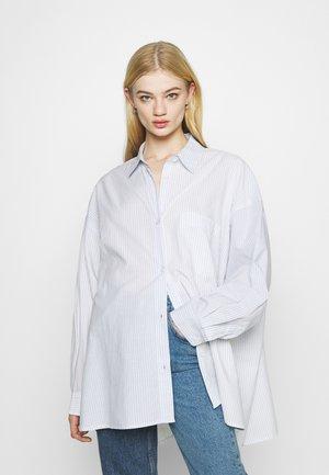 RIVIERA OVERSIZED  - Button-down blouse - blue/white