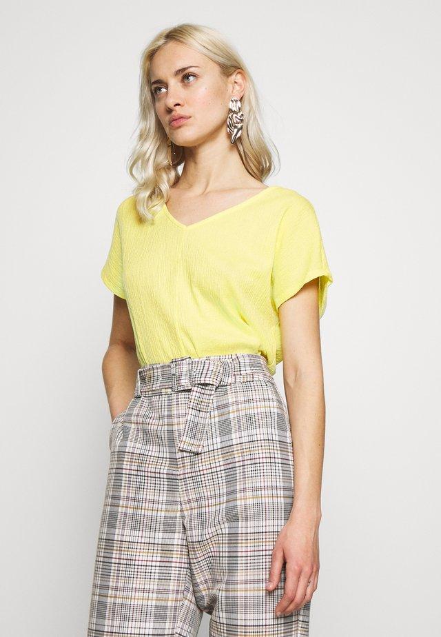 KURZARM - T-shirt imprimé - lemon sorb