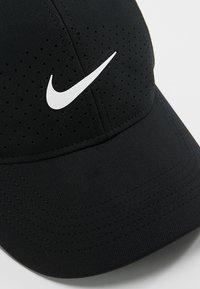 Nike Performance - DRY UNISEX - Keps - black/white - 6