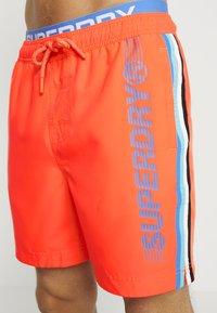 Superdry - STATE VOLLEY SWIM  - Zwemshorts - havana orange - 3