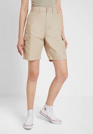 SELENA CARGO - Shorts - beige