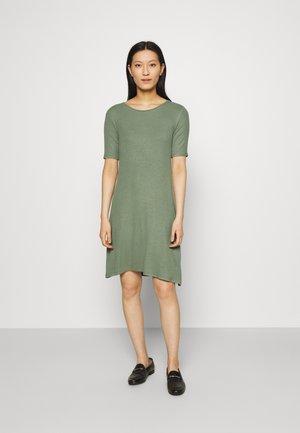 KROWN DRESS - Sukienka z dżerseju - sea green