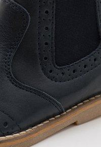 Froddo - CHELYS BROGUE NARROW FIT - Korte laarzen - dark blue - 5