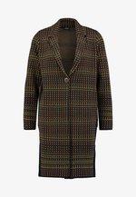 Zimní kabát - green