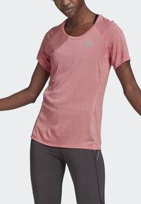 adidas Performance - ADI RUNNER PRIMEGREEN RUNNING - T-shirts - pink - 2