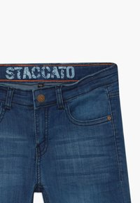 Staccato - BERMUDAS TEENAGER - Shorts di jeans - blue denim - 4