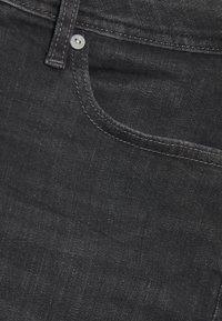 Jack & Jones - JJIRICK JJORIGINAL  - Denim shorts - black denim - 2