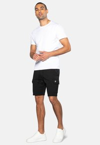 Threadbare - HUNTER - Shorts - schwarz - 1
