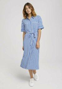 TOM TAILOR DENIM - Shirt dress - mid blue white stripe - 0