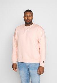 Common Kollectiv - PLUS FLASH - Bluza - dusty pink - 0
