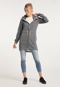 Schmuddelwedda - Zip-up hoodie - steingrau melange - 1