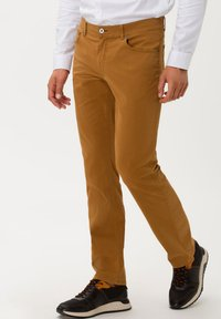 BRAX - STYLE COOPER FANCY - Straight leg jeans - curry - 0