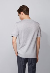 BOSS - IMATTEO - T-Shirt basic - open grey - 2