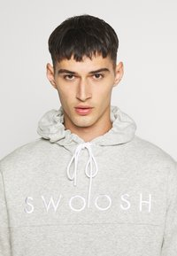 Nike Sportswear - HOODIE - Huppari - grey heather/white - 4