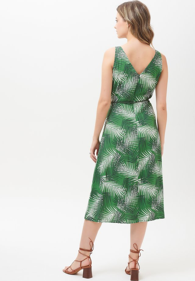 DRESS FREDRIKA SHADY PALM - Korte jurk - green