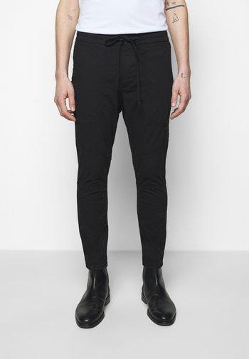 KAB - Trousers - black
