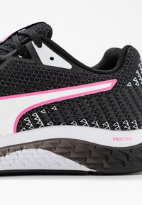 Puma - SPEED SUTAMINA 2 - Neutral running shoes - black/white/luminous pink - 5