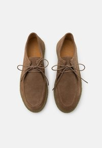 Bianco - BIACHAD LOAFER - Casual lace-ups - nougat - 3
