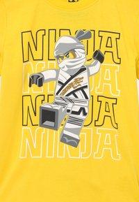 LEGO Wear - Print T-shirt - yellow - 2