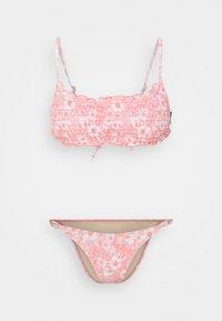 Cotton On Body - BACKLESS RUFFLE TOP THIN STRAP CHEEKY SET - Bikini - gentle shirred - 0
