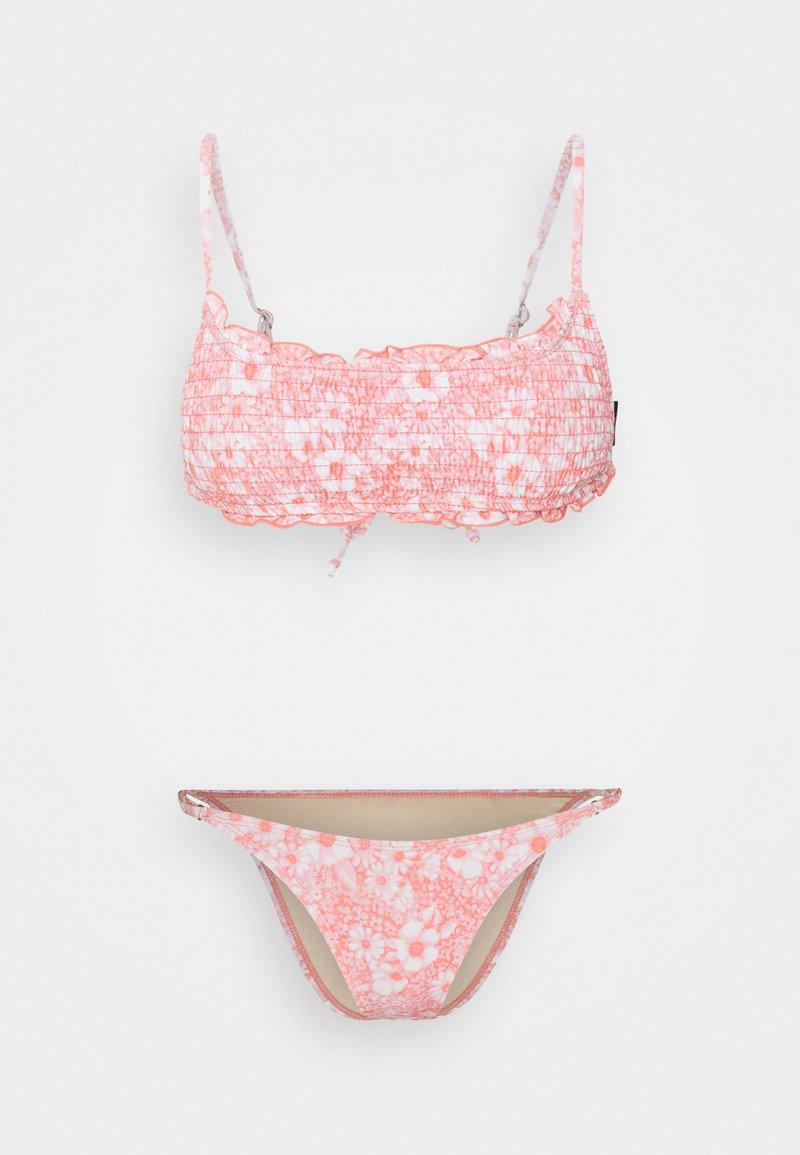 Cotton On Body - BACKLESS RUFFLE TOP THIN STRAP CHEEKY SET - Bikini - gentle shirred