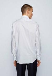 BOSS - GORAX - Camicia elegante - white - 2
