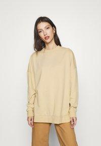 Even&Odd - SLIT SIDED LONG OVERSIZED SWEATSHIRT - Sweatshirt - sand - 0