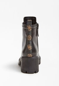 Guess - Lace-up ankle boots - schwarz - 3