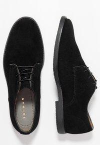 Topman - SPARK - Smart lace-ups - black - 1