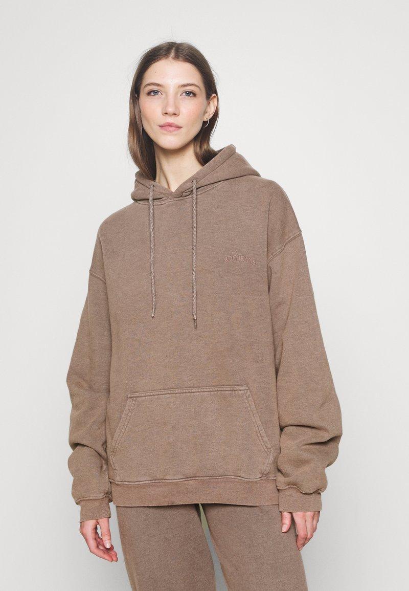 BDG Urban Outfitters - SKATE HOODIE - Hoodie - chocolate