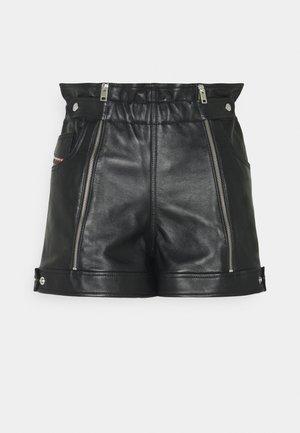 L-KUNA SHORTS - Shorts - black