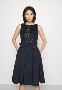 Lauren Ralph Lauren - YUKO-SLEEVELESS-COCKTAIL  - Cocktail dress / Party dress - lighthouse navy - 0