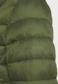 Marc O'Polo - JACKET REGULAR LENGTH WITH STAND UP COLLAR  - Zimní bunda - lush pine - 5