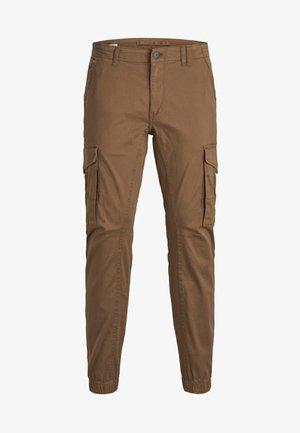 PAUL FLAKE AKM - Cargo trousers - dark camel