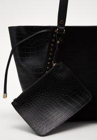 New Look - SAOIRSE SARA STUDDED NEW SAOIRSE - Tote bag - black - 3