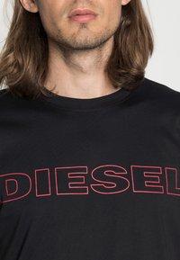 Diesel - UMLT-JAKE - T-shirt print - black - 4