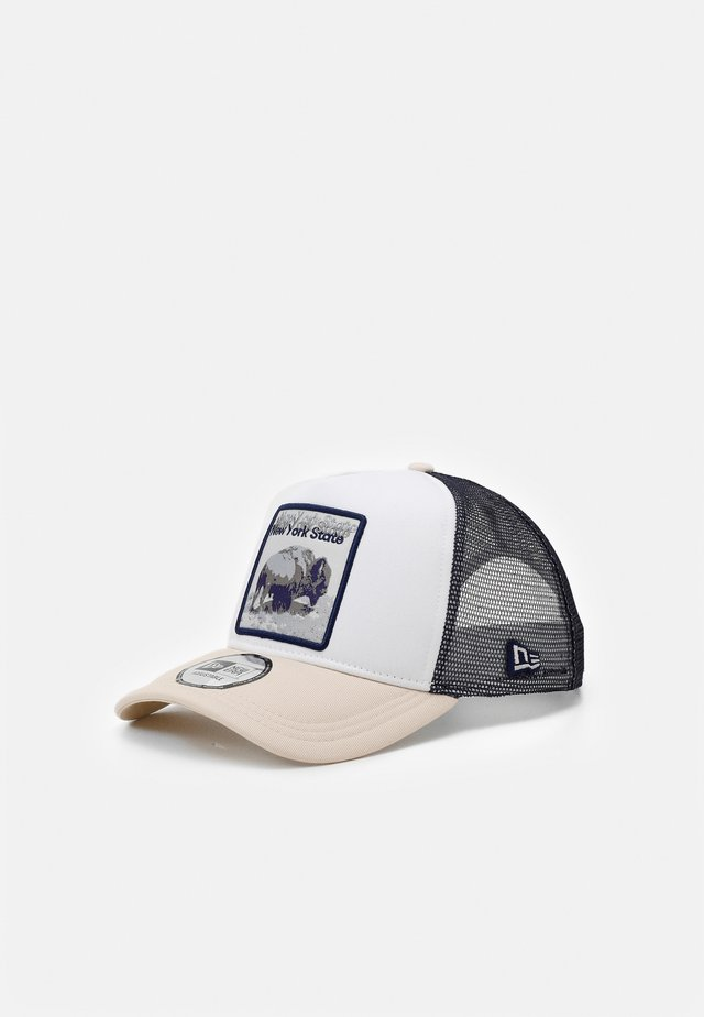 TRUCKER  - Cap - white/dark blue/beige