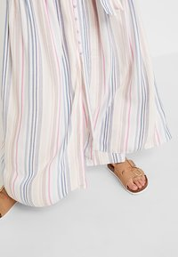 Forever New - STRIPE BUTTON THROUGH DRESS - Maxi dress - multi-coloured - 3