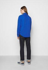 Polo Ralph Lauren - FEATHERWEIGHT MESH SHIRT - Chemise - dockside blue - 2