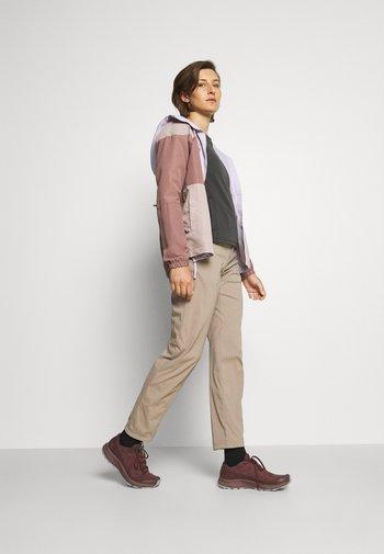 WADI PANTS - Trousers - beige