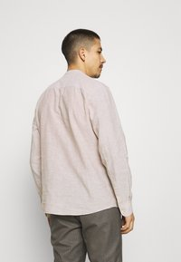 Only & Sons - ONSCAIDEN SOLID MAO - Overhemd - chinchilla - 2